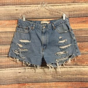 Levis 505 cut off distressed high rise shorts